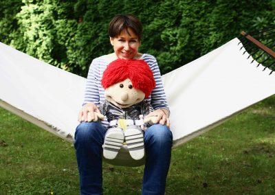 Ulk und Ivonne lieben ihre Hängematte im Garten.